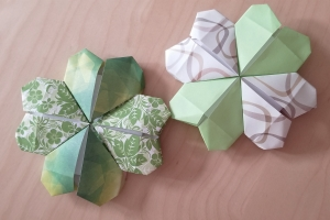 Origami with Chloe Chen